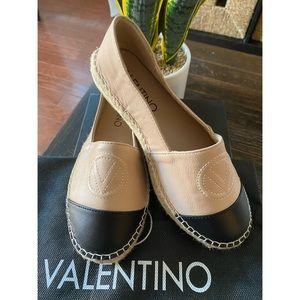 🔥Brand New Valentino Shoes🔥